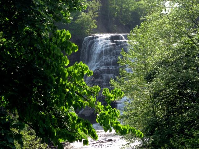 Ithaca Falls closeup 52113