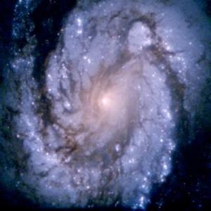 M100, Hubble