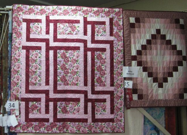The one on the left used peony fabric. The smaller one on the right used the theme colors.